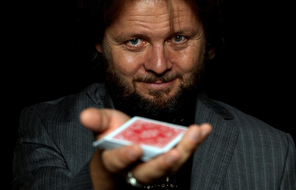 Trickverrat #078: Herzblut für Close-Up – Interview mit Christian Knudsen